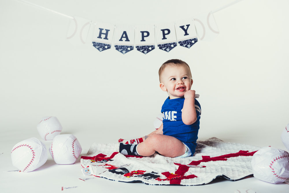 20171217 - Timmys First Bday Portraits LR-3.jpg