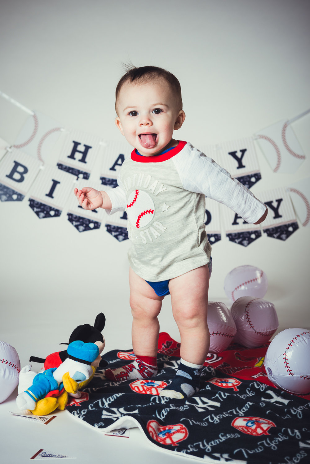 20171217 - Timmys First Bday Portraits LR-7.jpg