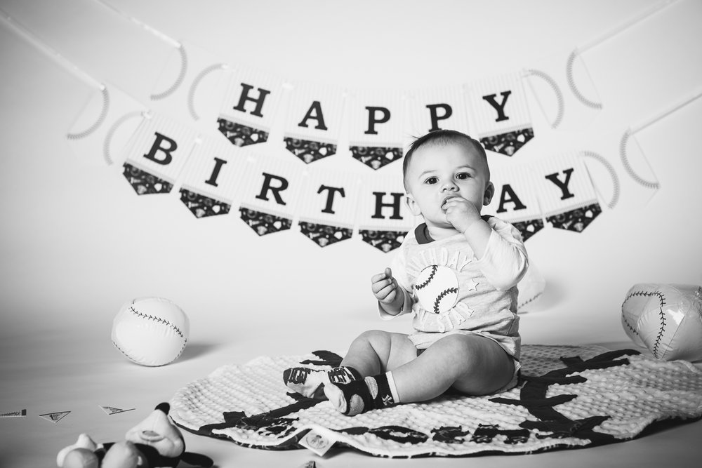 20171217 - Timmys First Bday Portraits LR-9.jpg