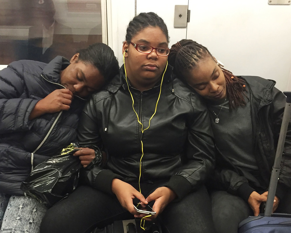Subway17_threegirls.jpg