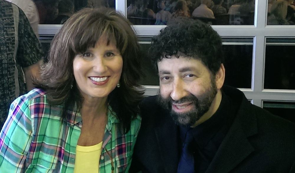 Jonathan Cahn and Dran Close Up.JPG