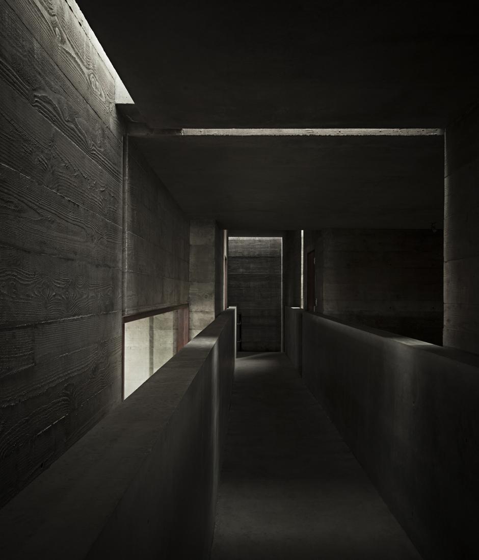 12-Phoenix house_03.jpg