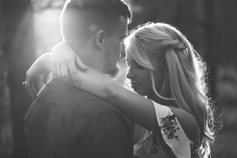 EngagementPhotos (131 of 142).jpg