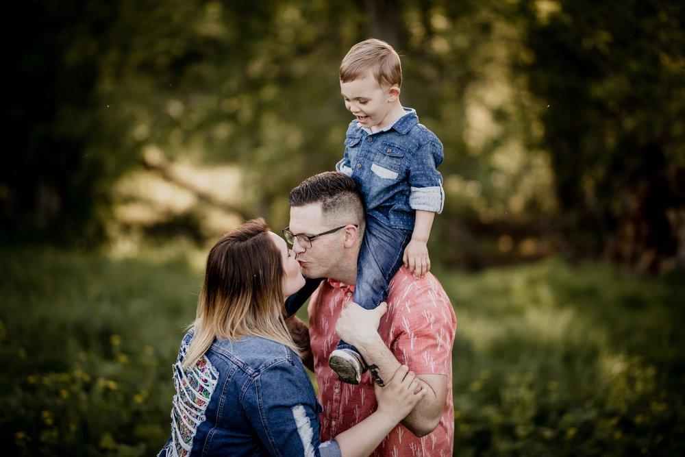 WISCONSIN FAMILY PHOTOGRAPHER 10.jpg