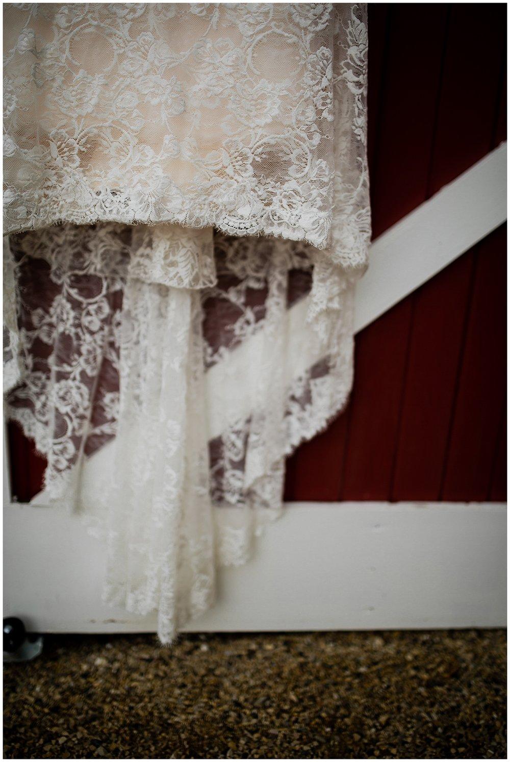 WISCONSIN WEDDING PHOTOGRAPHER 24.jpg