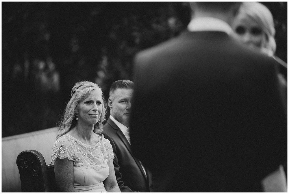 WISCONSIN WEDDING PHOTOGRAPHER 103.jpg