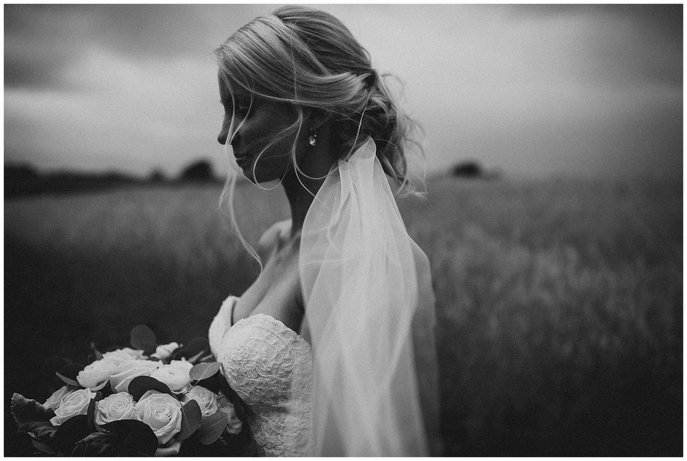 WISCONSIN WEDDING PHOTOGRAPHER 134.jpg