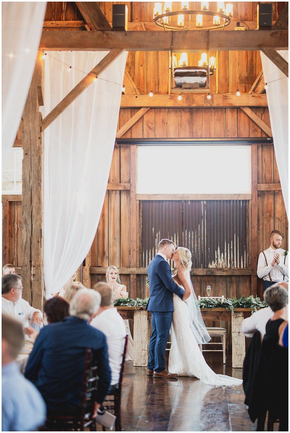 WISCONSIN WEDDING PHOTOGRAPHER 159.jpg