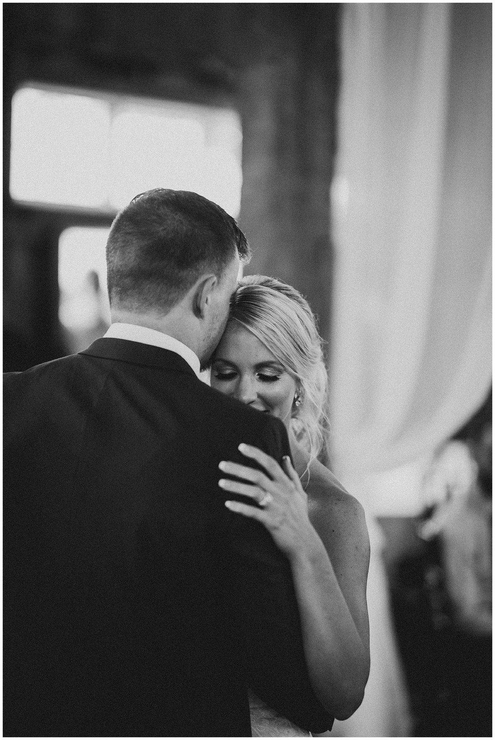 WISCONSIN WEDDING PHOTOGRAPHER 170.jpg