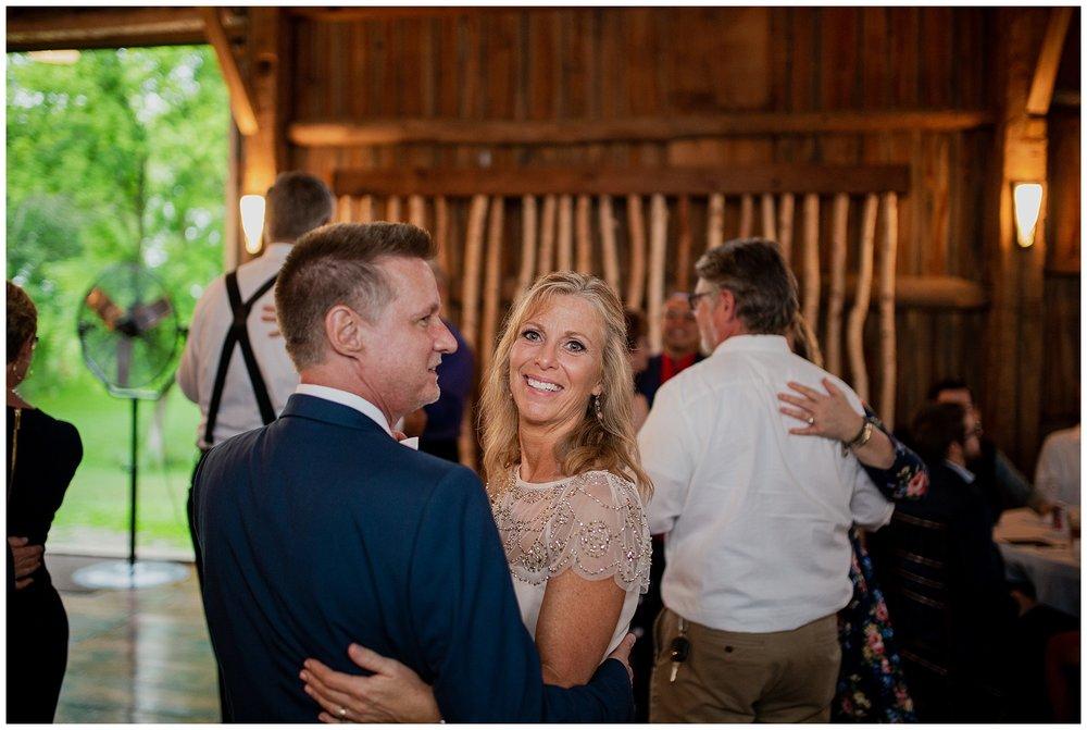 WISCONSIN WEDDING PHOTOGRAPHER 184.jpg