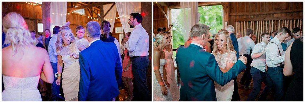 WISCONSIN WEDDING PHOTOGRAPHER 187.jpg