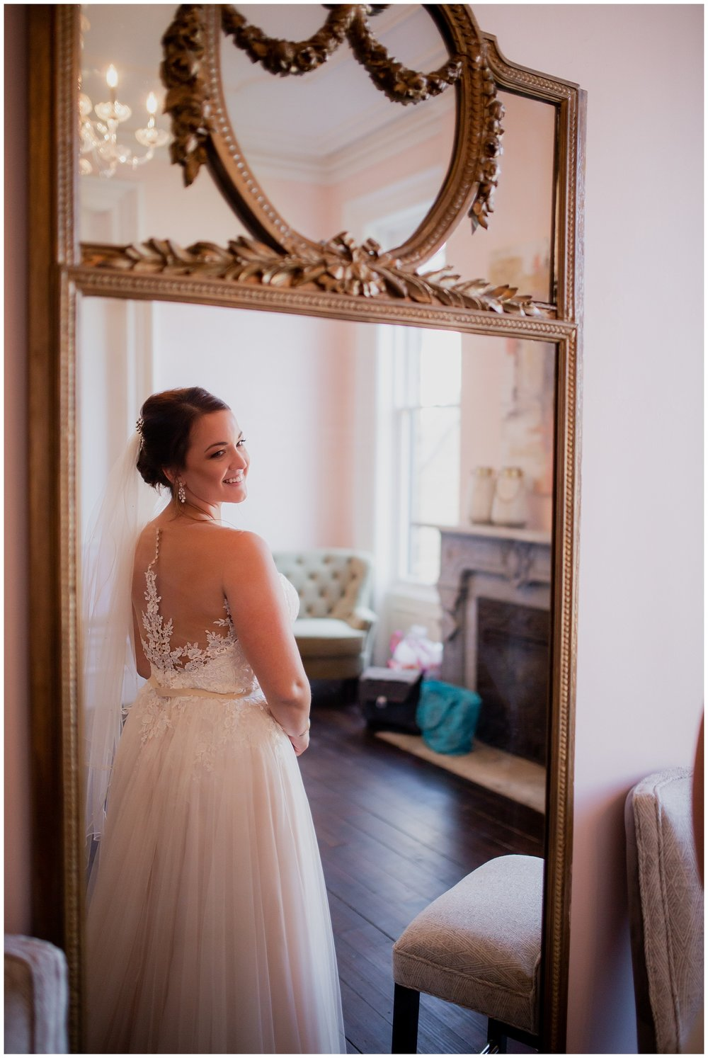 WISCONSIN WEDDING PHOTOGRAPHER -THE COVENANT AT MURRAY MANSION WEDDING-51.jpg