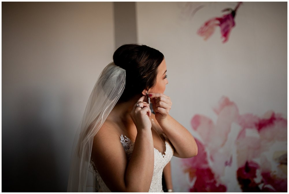 WISCONSIN WEDDING PHOTOGRAPHER -THE COVENANT AT MURRAY MANSION WEDDING-36.jpg