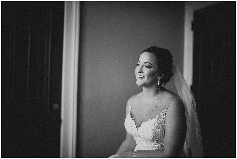 WISCONSIN WEDDING PHOTOGRAPHER -THE COVENANT AT MURRAY MANSION WEDDING-37.jpg