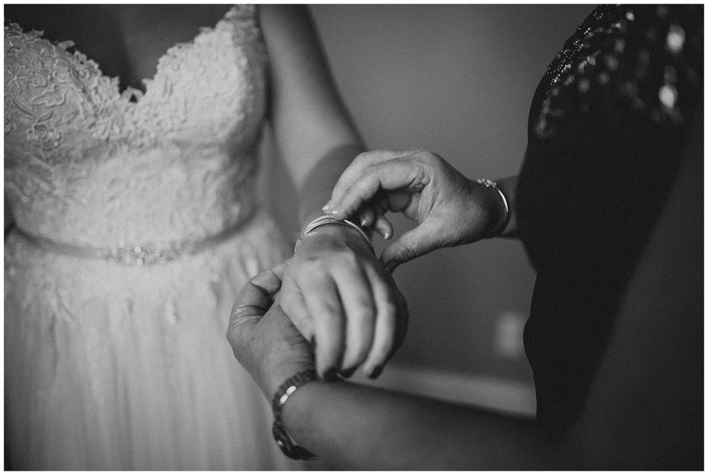 WISCONSIN WEDDING PHOTOGRAPHER -THE COVENANT AT MURRAY MANSION WEDDING-44.jpg
