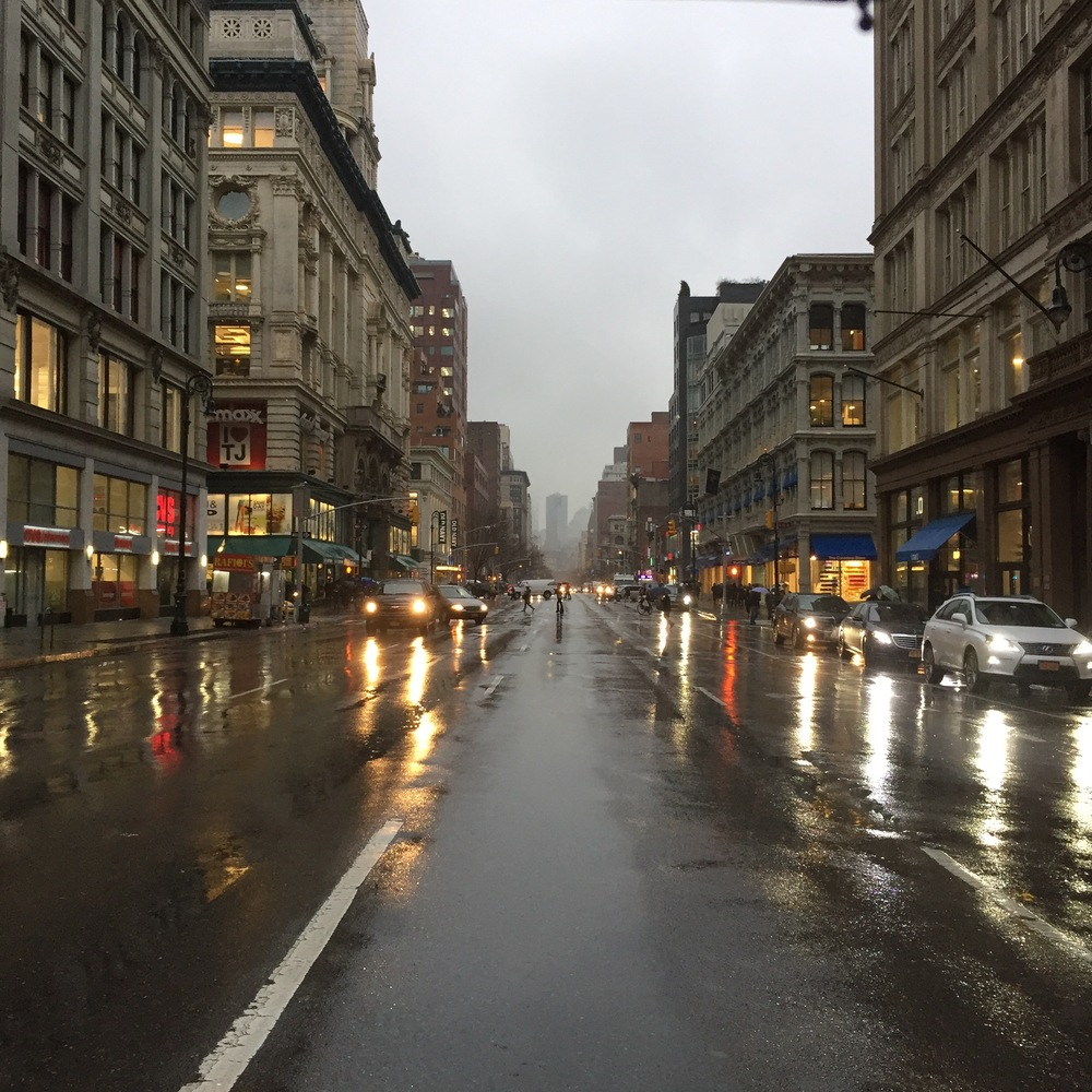 Even in the rain, NYC is gorgeous but getting drenched before I workout, no thank you.