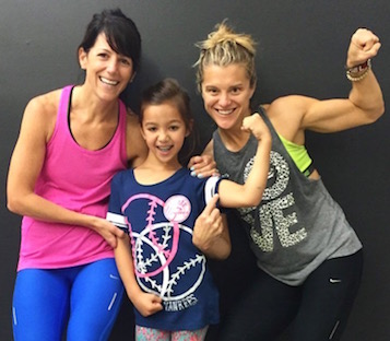 How much do you love this?! Grace and her mom with Holly. [Source]