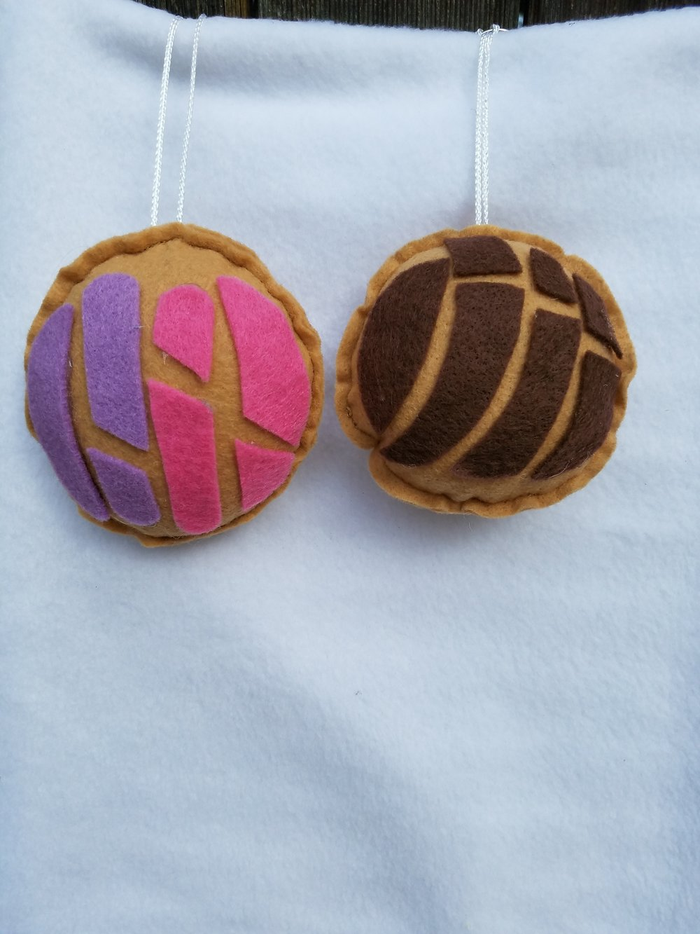 Concha Key Chains from Lovely Mrs Wheels