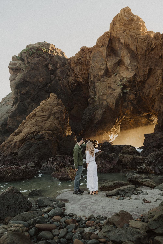 sara&patrick-bigsur-california-engagements-2019-0933.jpg