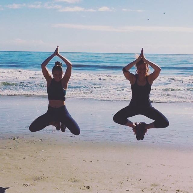 Just a little beach yoga before the feast. Namaste. 🙏🏻🌊☀️(Thanks for the photo @haleyc_ !)