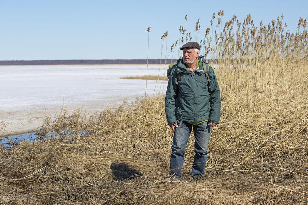 Dr. Erhard Weit an der zugefrorenen Ostsee 15.05.2017  ( es ist sein 82ster Geburtstag )