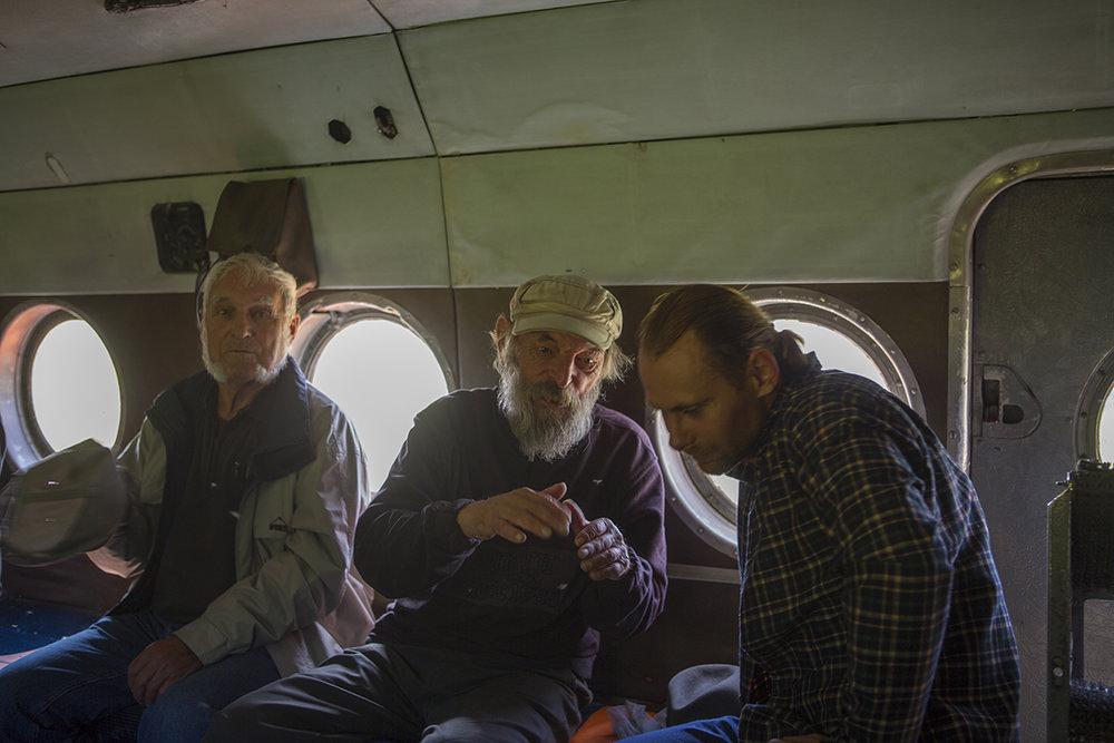 Erhard, Hagen und Roman im Mi 8 T auf dem Rückflug.
