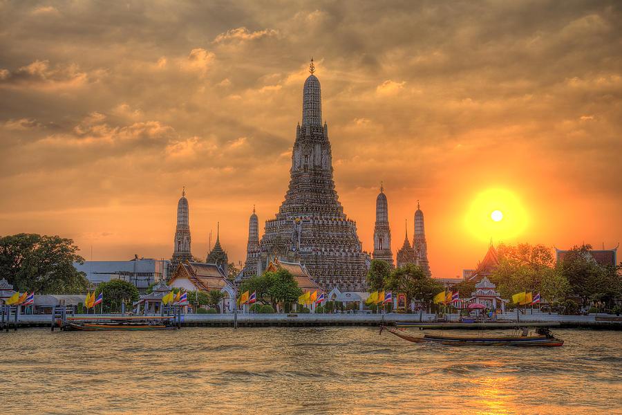 Wat-Arun1.jpg