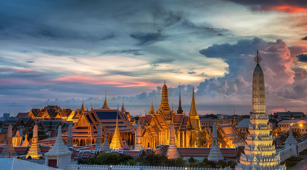 grand-palace-bangkok-wat-phra-kaew-night-onarto.jpg