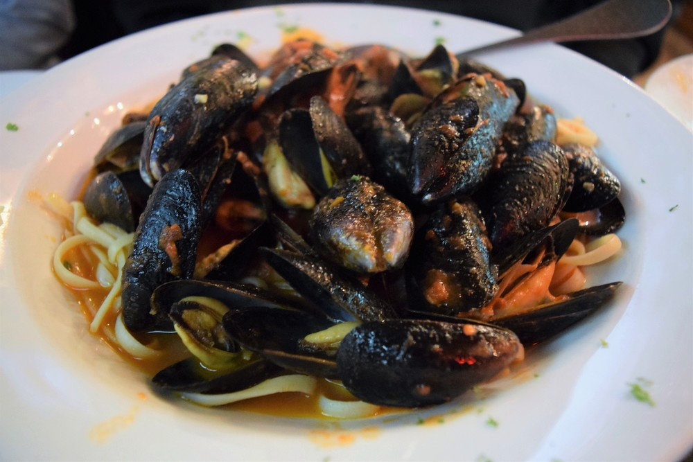 Mussels linguine