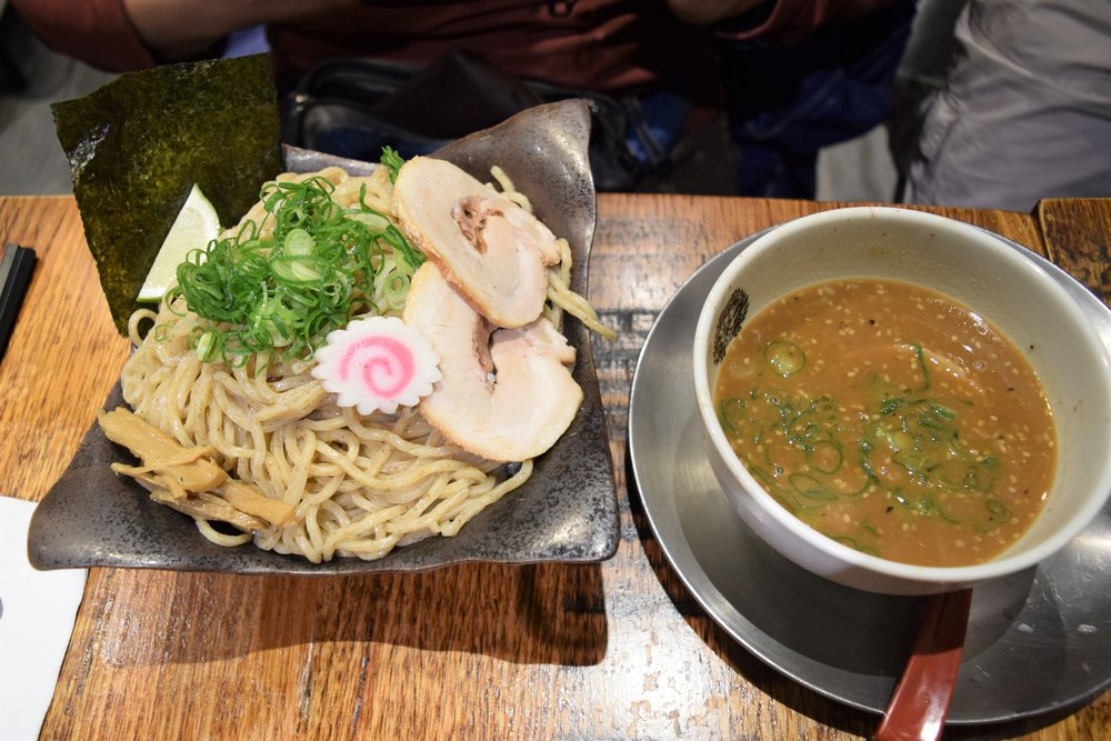 Dipping ramen with 500 grams of noodles... yikes