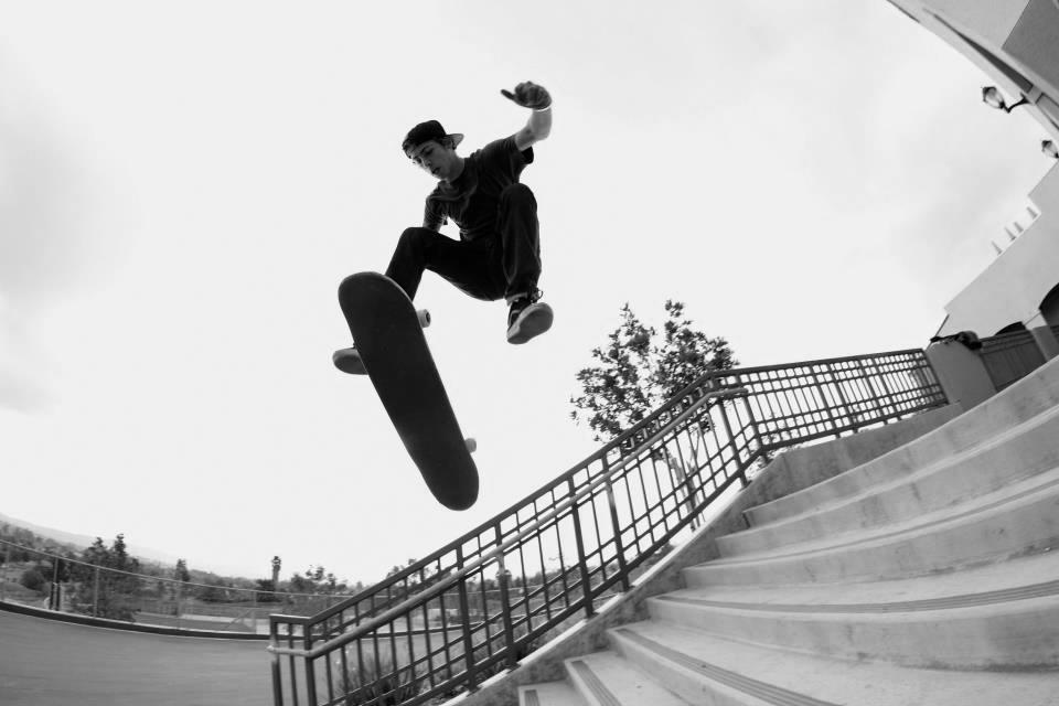 Skate BW (2 of 3).jpg