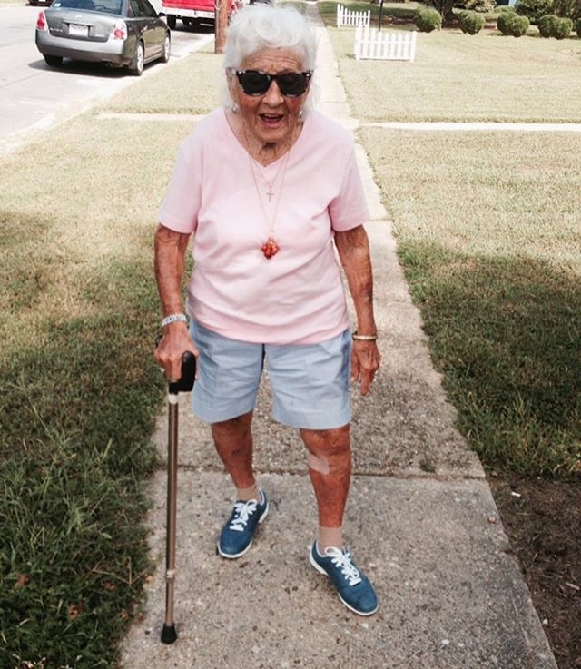 Some rainy Tuesday style inspiration. Granny Dot lets it be know you can rock it at any age!