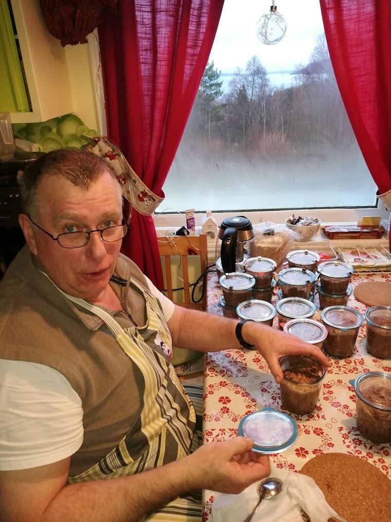 Gunter Hansmann er kokk og sammen finner de stor glede i matlaging fra bunnen.