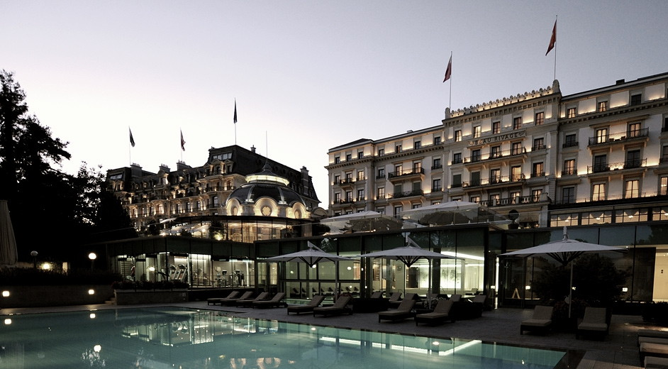 rivage-palace-pool-outside-01-942.jpg