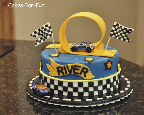 Hot wheels cake2.jpg