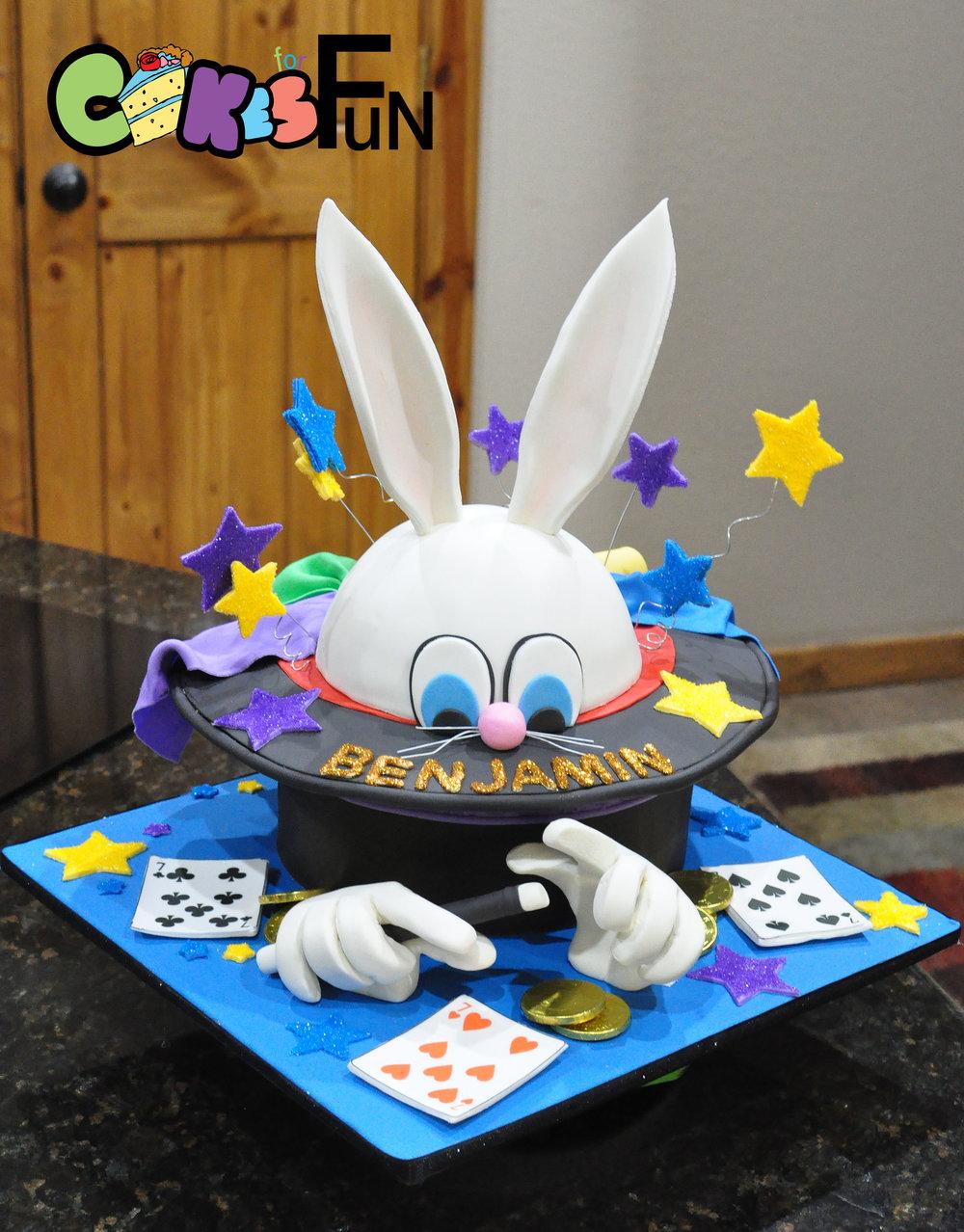 Magicians cake-daisy.jpg