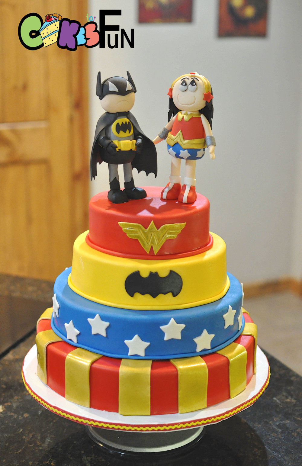 Batman and wonderwoman.jpg