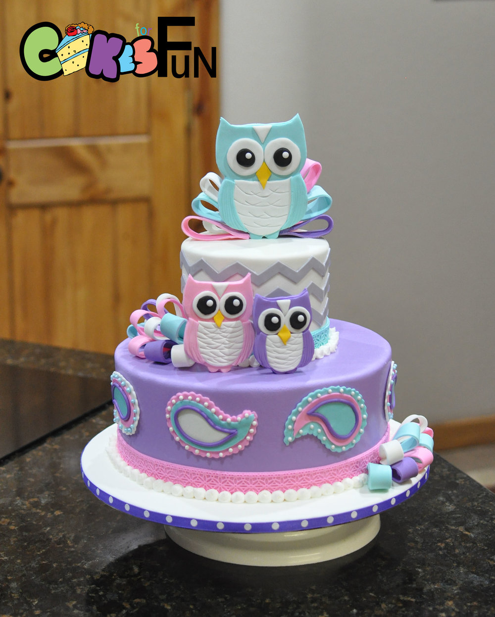 owl baby shower cake.jpg