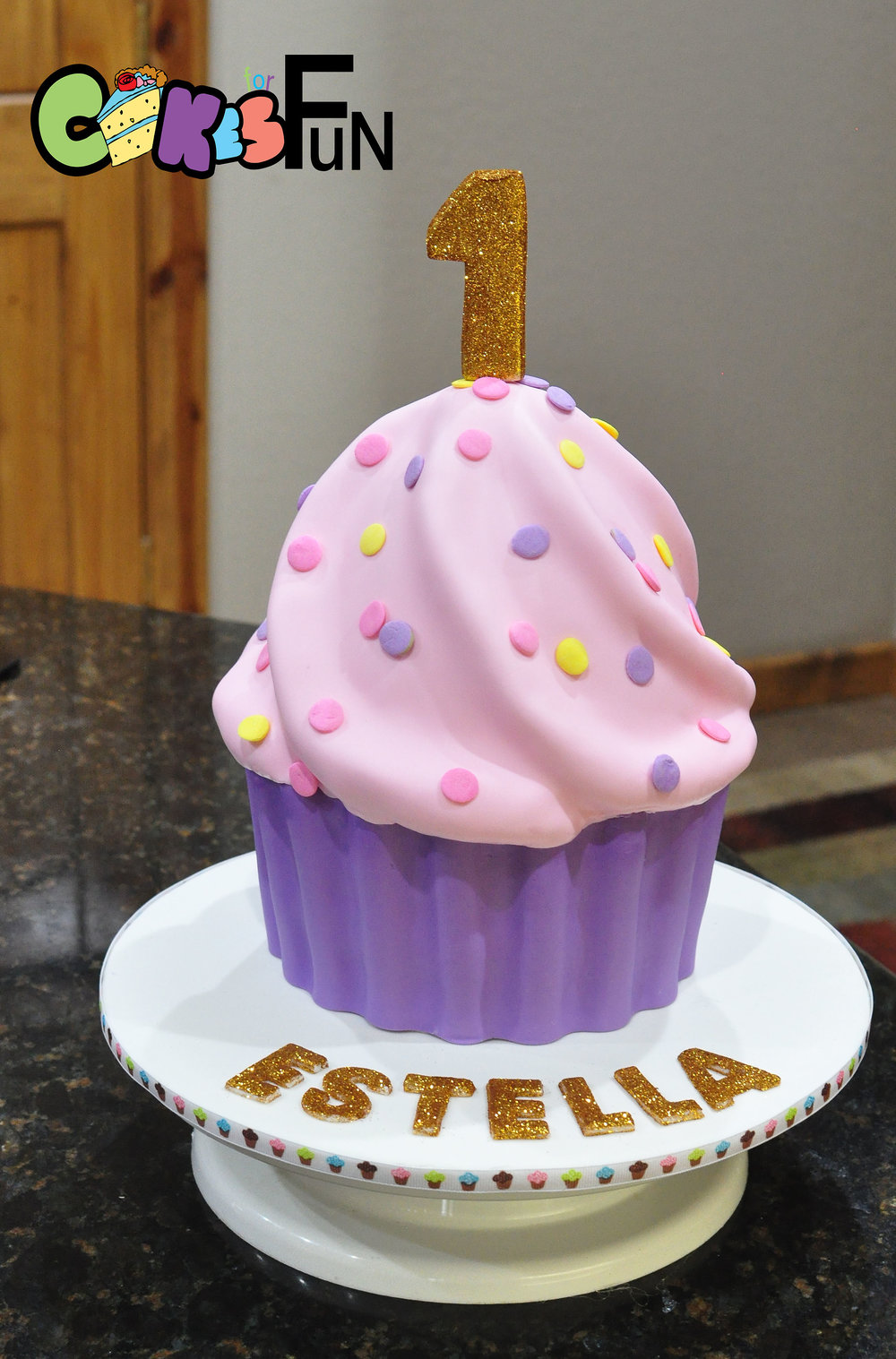 giant cupcake 030818.jpg
