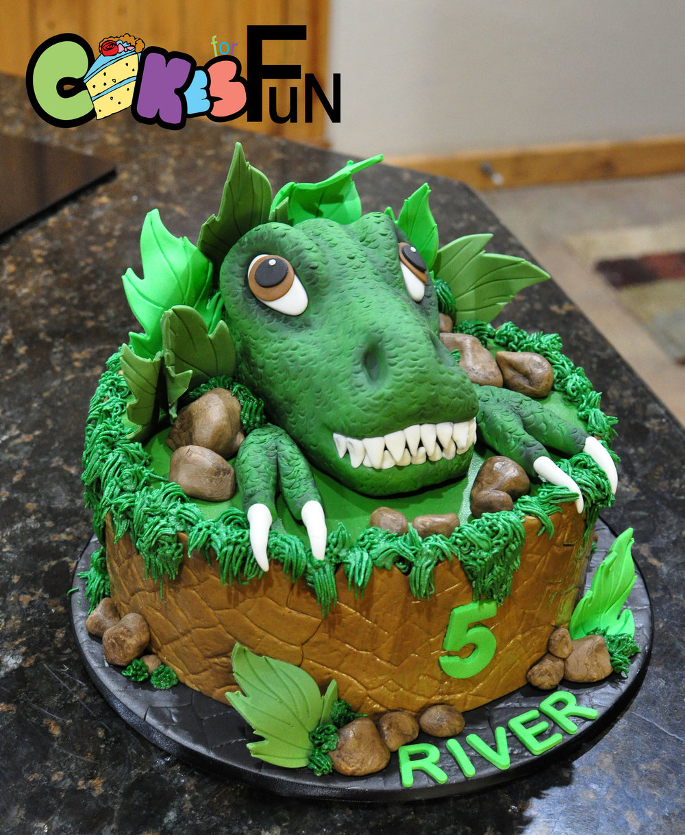 dinosaur cake-marrs-06162018.jpg