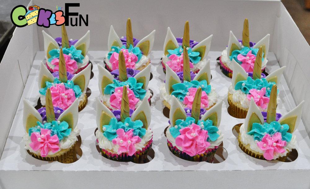 unicorn cupcakes-4.jpg