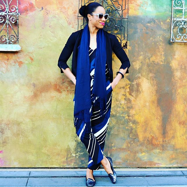 This jumpsuit (now 50% off!) is as comfy as PJs but so much more chic.  Deets on FauxFancy.com!
