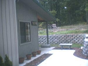 entrance2_Nutt.jpg