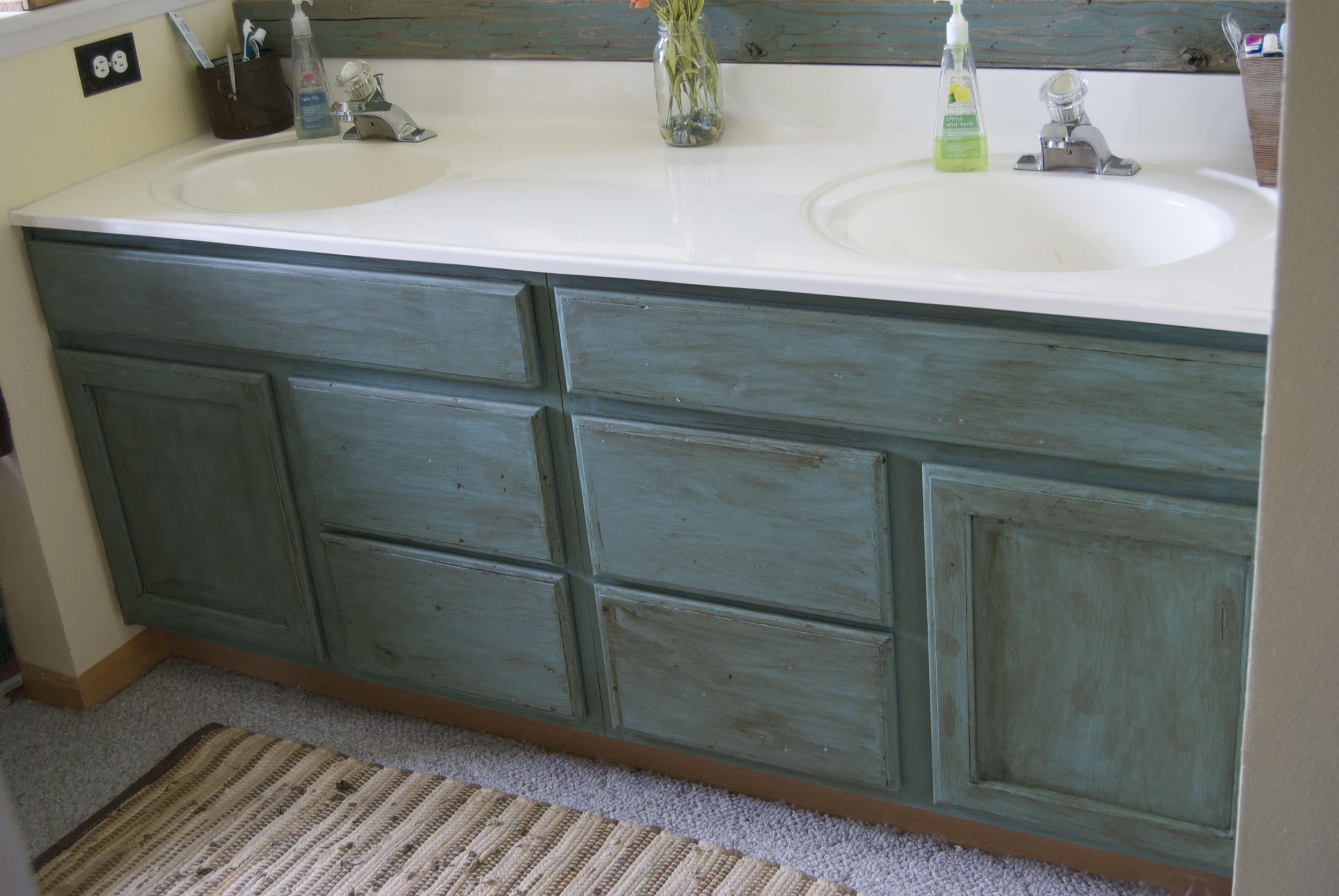 Annie sloan chalk paint bathroom cabinets - The Store That I Bought Annie Sloan Chalk Paint Was From Eastham Interiors In Ft Collins Colorado I Had Heard Somewhere In Ft Collins Sold Chalk Paint