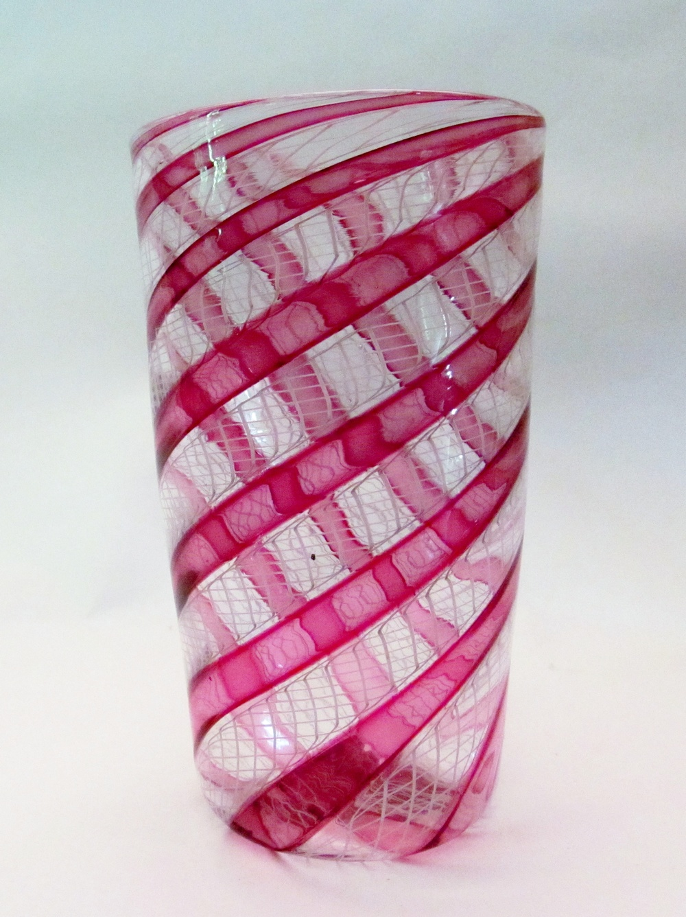 Gold Ruby White Netti Cane Glass 5.jpg