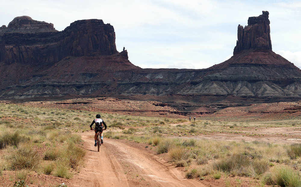 Chris Case on the The White Rim. (Photo by Matt Garvin)