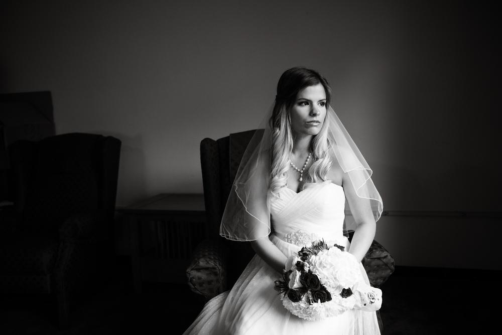 Des Moines Iowa wedding photographer
