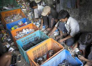 Recyclers in Dharavi (The Hindu)