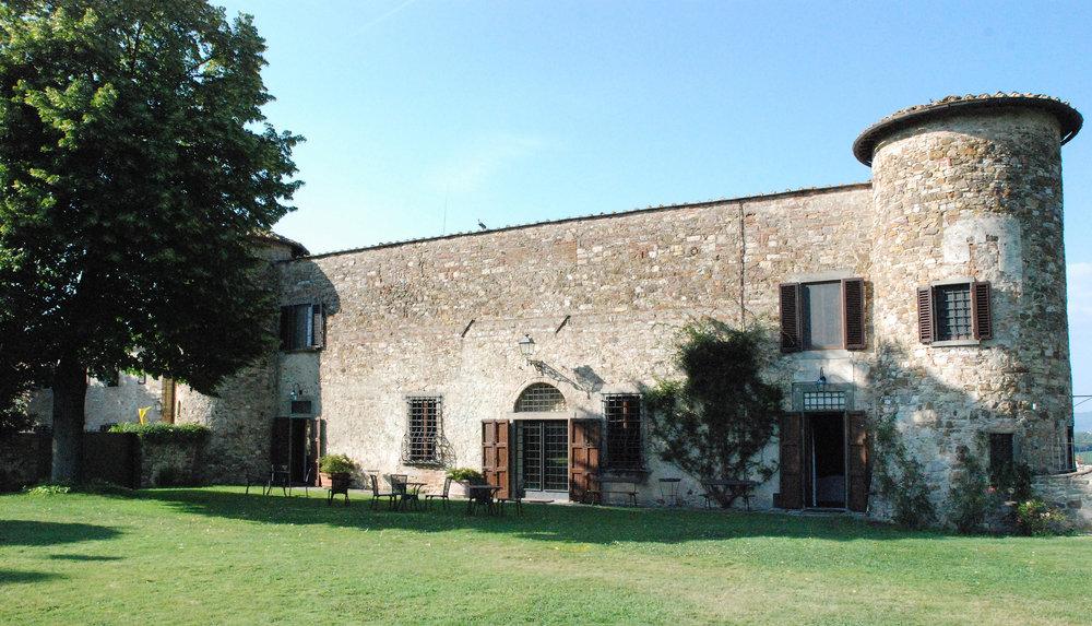 Castello Gabbiano giardinoSMALL.jpg