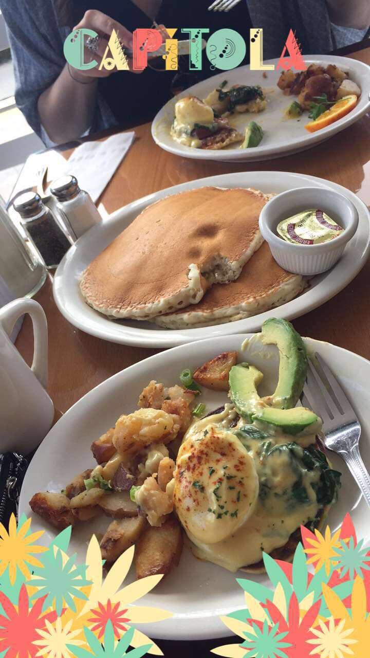 BreakfastinCapitola.jpg
